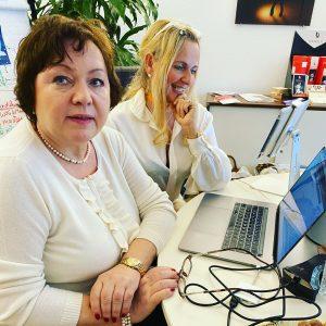 arooga Zell-Check Barbara Luebbering-Steppeler mit Klientin