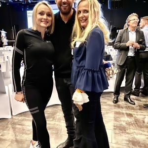 arooga Barbara Luebbering-Steppeler mit Haendlerin Tatiana Ungeheuer und Christian Lindemann aka King of Pickpockets VEU Kongress Duesseldorf 31. Januar 2020